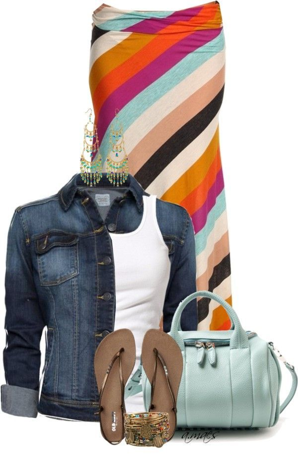 LOOK INFORMAL PERO HERMOSO CON FALDAS Y CHAQUETAS DE JEANS Hola Chicas: El tener una chaqueta de jeans es super indispensable porque podrás combinarlo con todo y es ideal para la primavera, para esos días que todavia hace un poco de frío, en esta ocasion te tengo varios outfits con faldas, camisetas, faldas largas, y accesorios de moda. Con estos outfits te veras muy bien para una salida con tus amigas a tomar un cafe, ir de compras, con tu pareja, con un lindo peinado y un maquillaje…