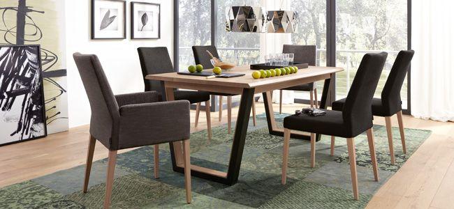Musterring Newport eetkamer set dining table eetkamerstoelen met houten poten. Te koop bij Profita Comfortabel Wonen