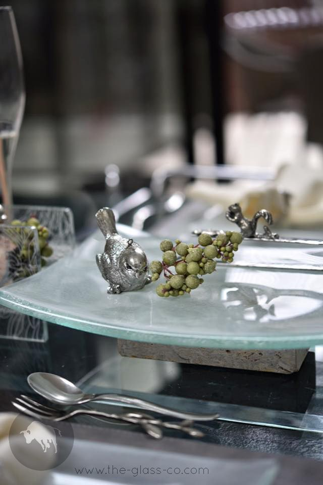Glass Platter On Limestone Base designed by www.the-glass-co.com ● Code: S4-S3-02-MCL42242 ➡ Ask us at info@myglassstudio.com