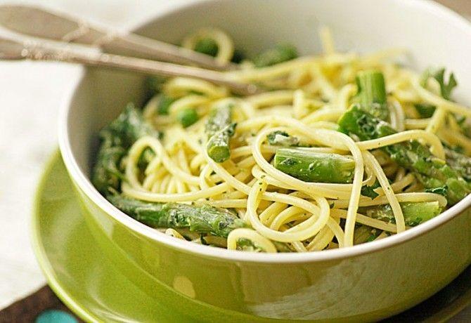Zöld istennő tészta: http://www.nosalty.hu/recept/zold-istenno-teszta