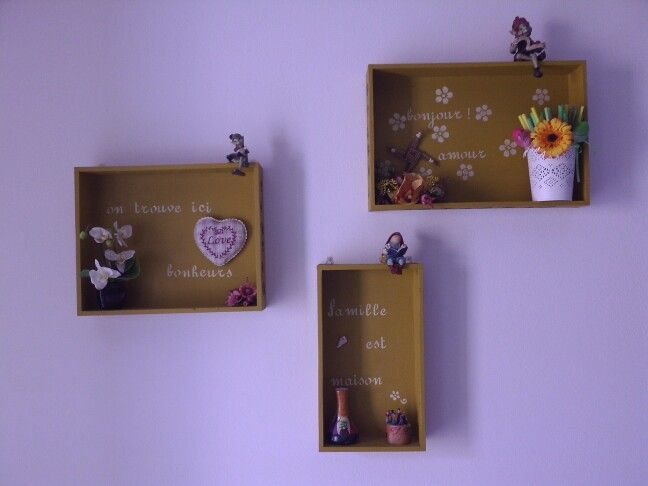 Decoration /shelves - riciclo cassette di vino