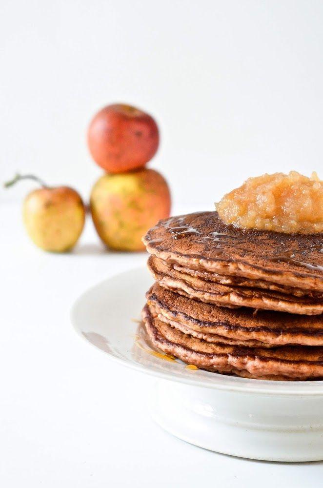 Pancakes végétaliens à la compote de pommes