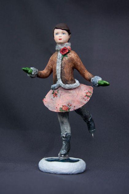«Катенька»Проект новогодних кукол и игрушек «ЗИМНИЕ ЗАБАВЫ» Елена Мисюна и Елена Золотова