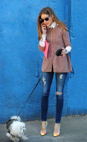 Olivia Palermo. Jeans rasgados con un abrigo Milly, unos lentes Wunderkind y unos pumps Christian Louboutin