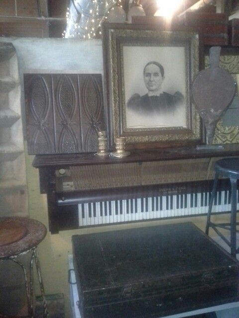 82 Best Pianos Images On Pinterest Old Pianos