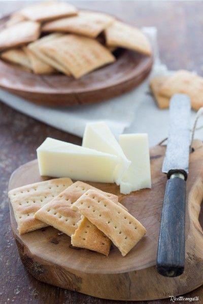 Crackers con farina di riso e sorgo #cracker #farinadiriso #crackers #farinadisorgo