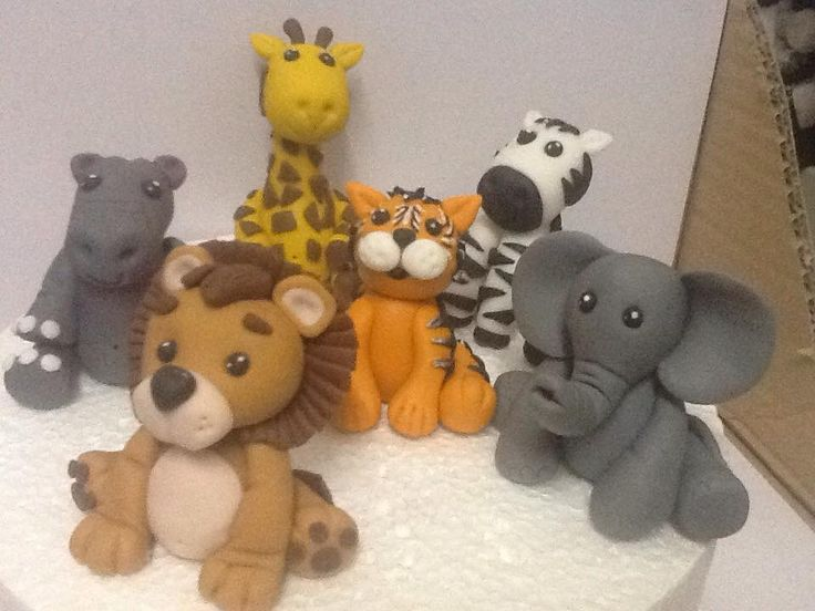 Where the wild things are, fondant animals