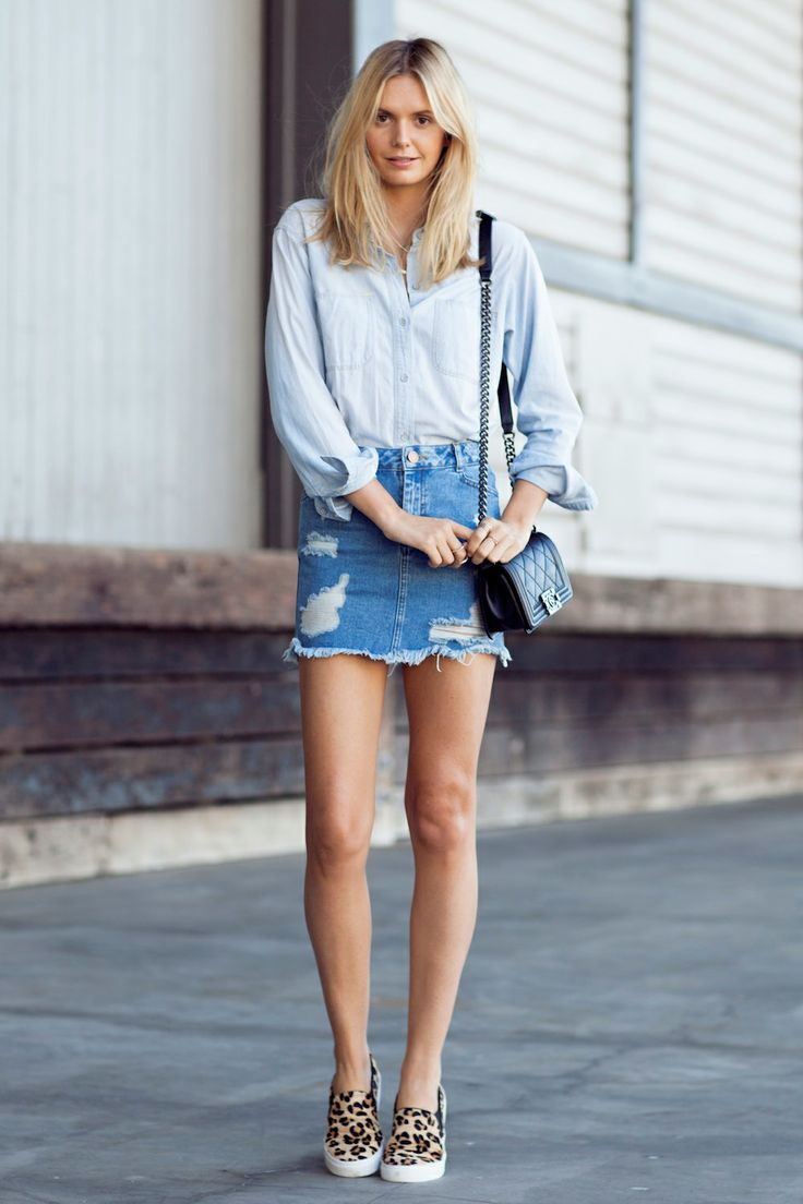 Jessica Stein of Tuula Vintage wears an easy double denim look topped off with printed sneakers // #StreetStyle #Fashion