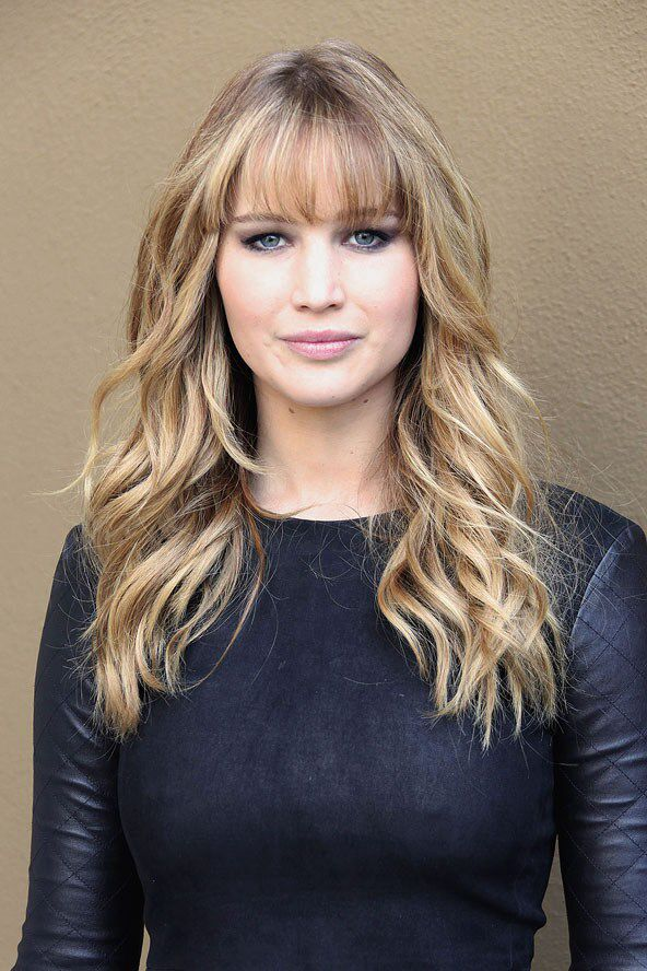 Love her hair colour and style!