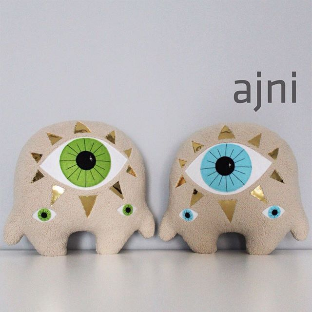 H I ! 👁  #fitimonsters #handmade #characterdesign #monster #creature #plushie #softie #softsclupture #ajna #chakra #thirdeye
