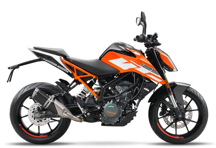 2017 KTM 125 Duke Unveiled at EICMA 2016  http://news.maxabout.com/bikes/ktm/2017-ktm-125-duke-unveiled-at-eicma-2016/  #KTM #EICMA2016 #Duke #125cc