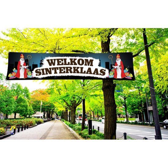 Welkom Sinterklaas PVC spandoek voor buiten gebruik. Formaat: 200 x 50 cm. Aan de zijkant heeft het spandoek ophangogen. Goede kwaliteit PVC spandoek waardoor het regenbestendig is, perfect voor buiten gebruik.