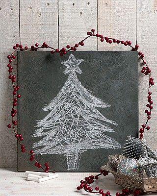 Preto no branco - Com giz e uma placa de ardósia ou mesmo uma lousa, você consegue uma árvore sem igual.