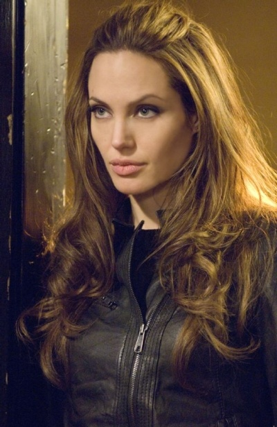 angelina jolie                                                                                                                                                                                 Mais