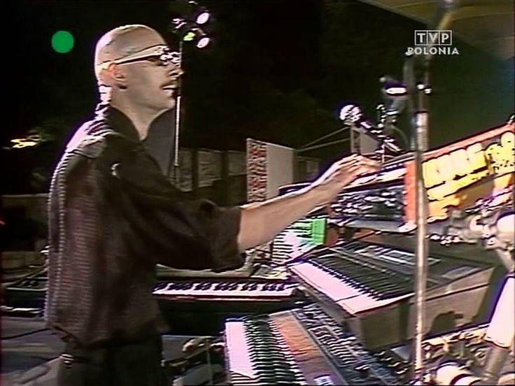 """Kombi - Kochać Cię za późno-Sopot live """"10 Lat Kombi 03.08.1986"""".mkv"""