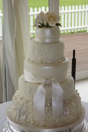best wedding cakes yorkshire 15 best wedding cakes images on cake wedding 11698