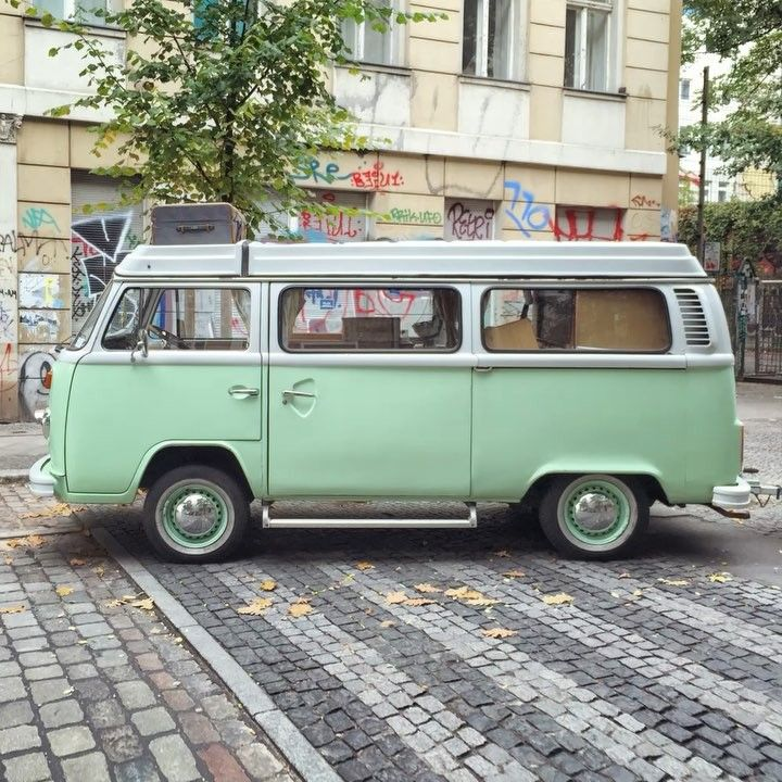 vans of berlin last day of the year with this volkswagen. Black Bedroom Furniture Sets. Home Design Ideas