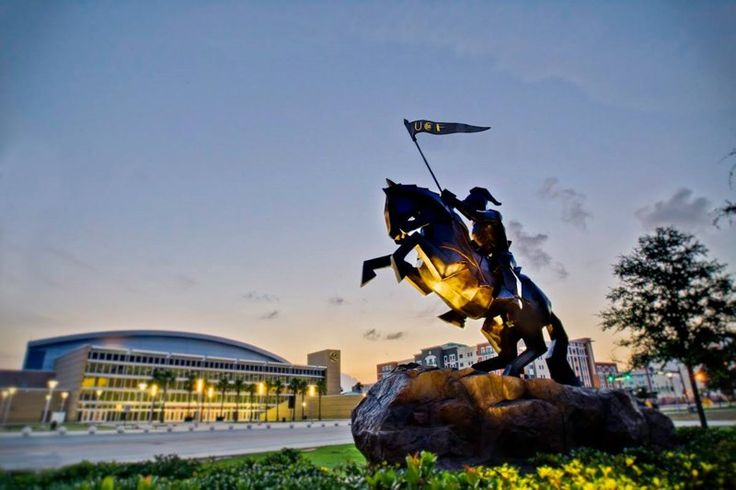 Университет центральной Флориды в США - University of Central Florida UCF #университет #образование #США #Флорида #UCF #BellGroup  Университет расположен в Орландо, городе, который является центром развития научных, медицинских и других инновационных технологий. Цели университета: качественное бакалаврское и магистерское образование в США; развитие научной и творческой деятельности, а также помощь в интеллектуальном, культурном и экономическом развитии региона.