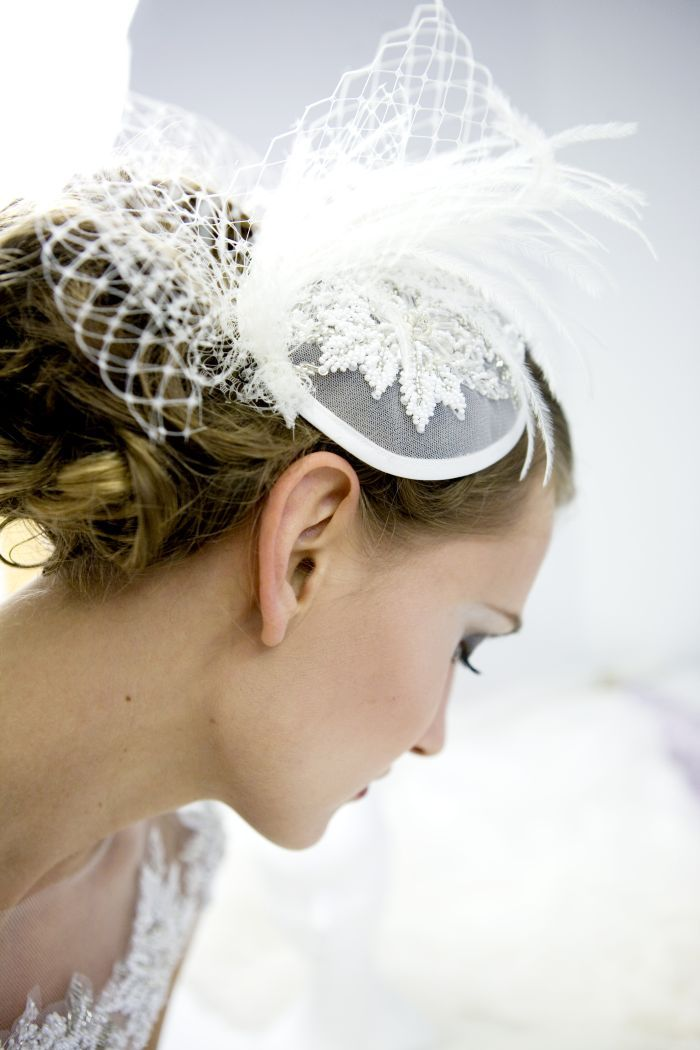 Fascinator sposa: alternativa al velo di http://rigorosamentesposa.blogspot.it/  Ph Les Amis Photo
