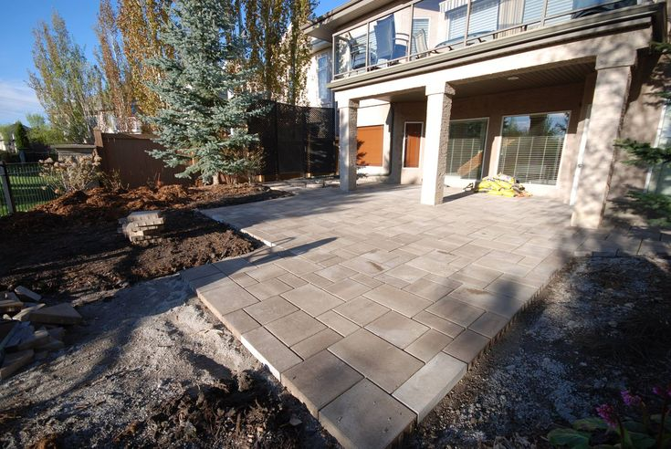 Proper Lot Grading Around House - The Importance of Maintaining Proper Grading Around the Foundation of Your Home