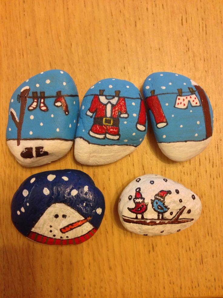 Painted stones - Winter