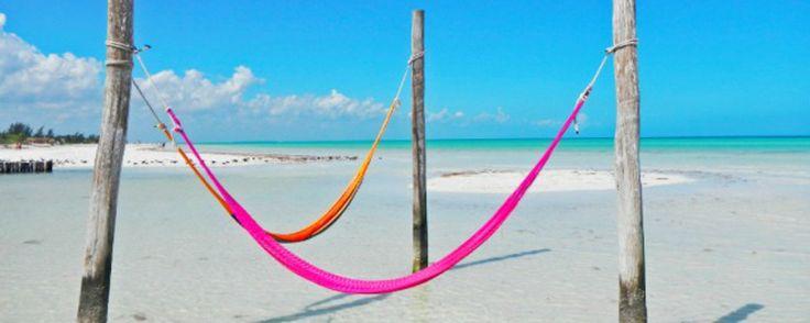 Départ de Cancun via la belle ile Holbox, à deux heuresde route jusqu'au port de Chiquila ; puis embarquement à bord du ferry pour une petite traversée de trente minutes ; enfin découvrir une petite ile baignée par le soleil,...