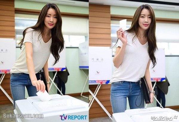 Dalshabet's Subin @ The 19th South Korean Presidential Election Voting in Yeoksam-dong : http://www.bukanscam.com/2017/05/dalshabets-subin-19th-south-korean.html