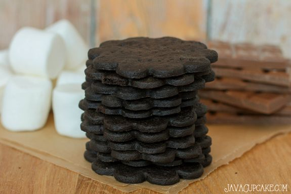 Homemade Chocolate Graham Crackers - Perfect for s'mores ...