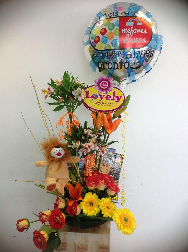 Paquete de arreglo floral con globo y peluche para cumpleaños Arreglos Especiales Pinterest