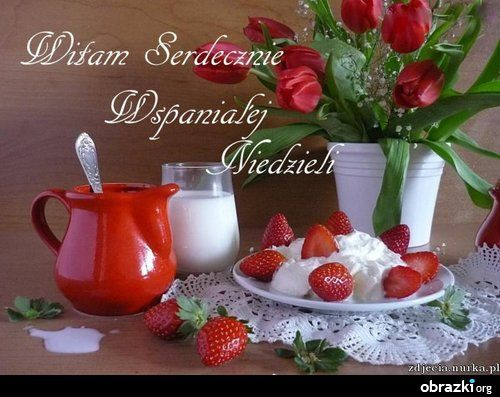 http://s1.zmniejszacz.pl/105/95272_kwiaty_czerwone_tulipany_truskawki_dzbanek__39349.jpg