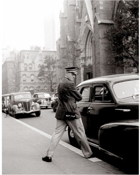 Fift Avenue - New York - 1949 © Richard Avedon