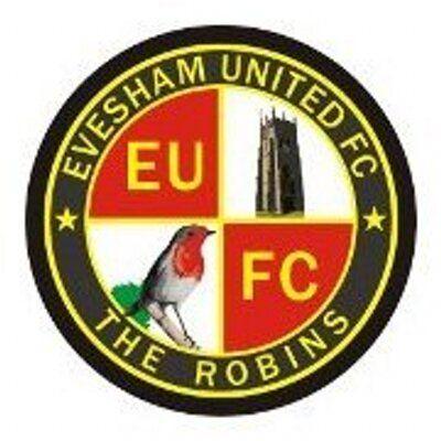 Evesham Utd of England crest .