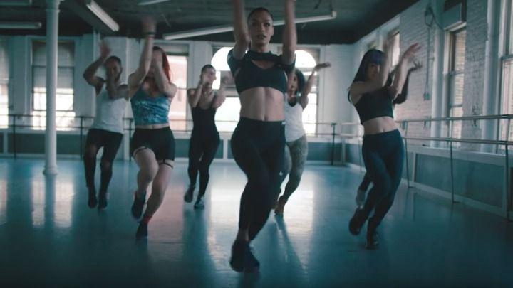 """En lo más fffres.co: Nike celebra el orgullo LGBTQI con un inspirador anuncio protagonizado por una bailarina transgénero: """"¿Qué… #Spots"""