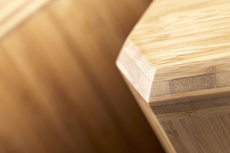 Smukke bambus højttalere i carboniseret Bambus - professionelt håndværk fra Quali-Fi - Keflico A/S. Copyright: Quali-Fi. Følg linket for at læse mere om projektet.