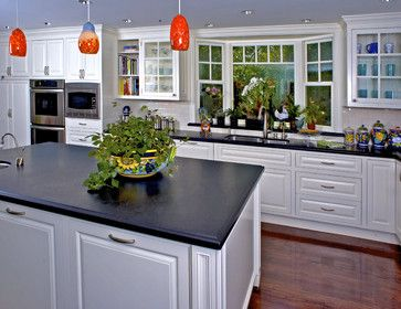 Brownhouse Design Traditional Kitchen San Francisco Brownhouse Design Los Altos Ca Love The Bay Window