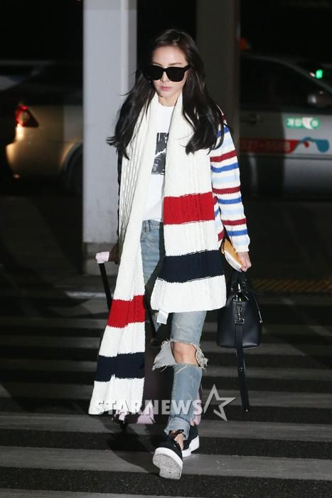 Dara off to Singapore for Singles photoshoot