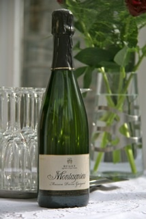 Montagnieu from genuine tradition of Lyon