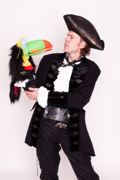 Marko Sparko is one of Essex's most popular and sought after children's entertainers. As a full time professional with over 15 years of...