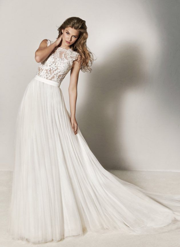 Featured: Pronovias wedding dress; www.pronovias.com