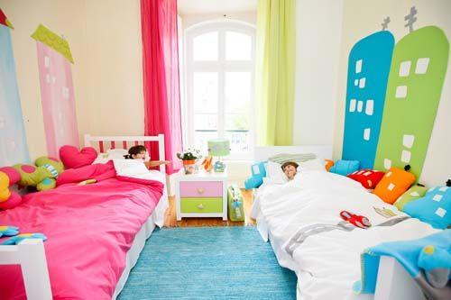 irmãos dividindo o quarto, quarto para irmãos, quarto para duas crianças, cama com beliche, cama suspensa, projeto de quarto para duas crianças, irmão