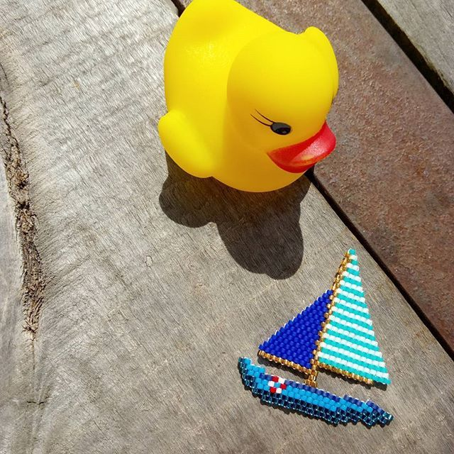 Il était un petit navire..... ⛵⚓ #jenfiledesperlesetjassume…