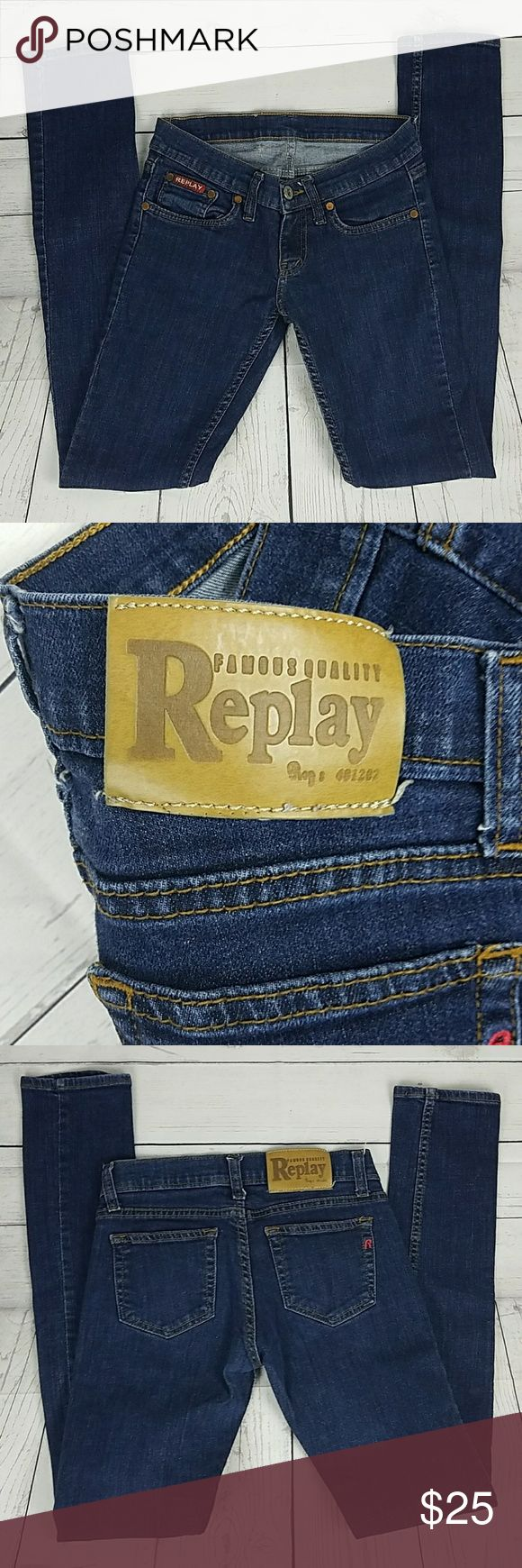 Replay Jean's Skinny Size 28 These Women's Replay Jean's are in good condition. Gently used. Skinny. Size 28 Inseam 30 Rise 6 inches Replay Jeans Skinny
