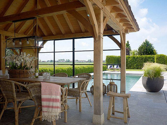 Meer dan 1000 idee n over overdekte terrassen op pinterest overdekte terrassen patio en - Overdekte patio pergola ...