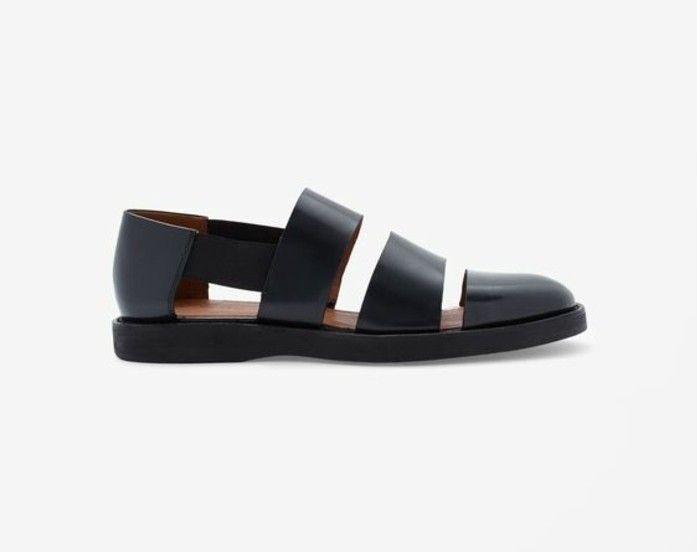 Aujourd'hui on va vous présenter les tendances chez les chaussures d'été femme. Comment on peut choisir les sandales platespour la saison de 2016?