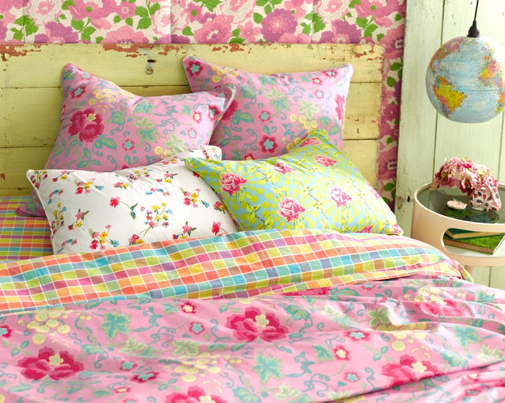 Bright and cheery bedding from Pine Cone Hill...would be so fun in a guest bedroom.