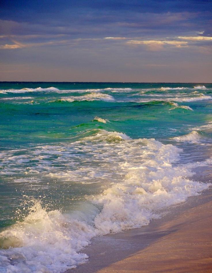 Dream Destination Spot for Spring Break - Destin Beach, FL #SKETCHERSPinToWin: Photos, Water, Favorite Places, Beaches Sea Shells Waves, Ocean Beaches Waves, Things, Beautiful Ocean, Beach Life