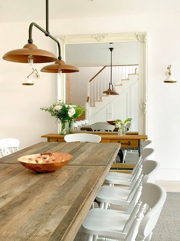 Combing a few key industrial pieces into your existing dining decor is great way to update the space. Why not splurge on a few hero items like a timber table and some beautiful lights!