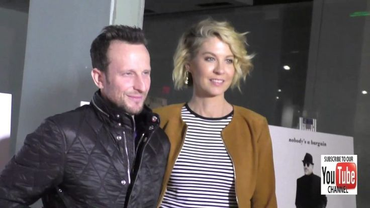 Jenna Elfman and Bodhi Elfman at the Premiere Of Sony Pictures Classics' The Comedian at the Pacific