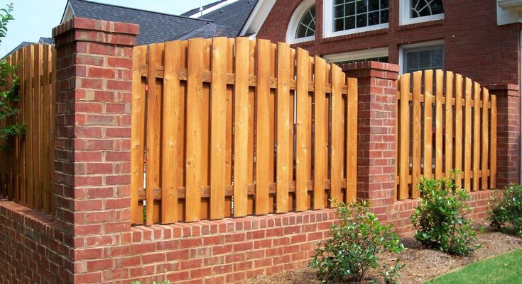 Picket Fences - Modern Design 1 in 2020 | Wood fence ...