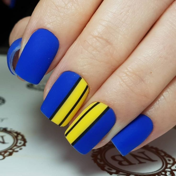 40 Blue And Yellow Nail Art Designs Pictures 2018 Fashionre Yellow Nails Sunflower Nails Yellow Nails Design
